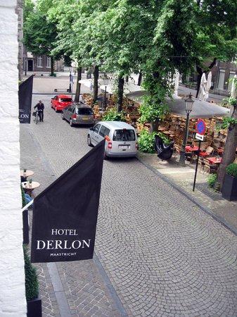 Derlon Hotel Maastricht: uitzicht op het plein