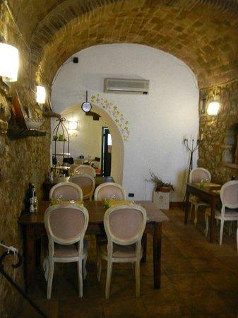 Taverna Via di Mezzo: interno locale