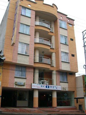 Ibague, Colombia: FACHADA DEL HOTEL