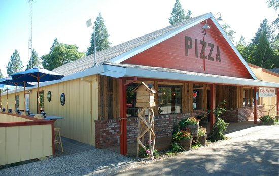 Sugar Pine Pizza