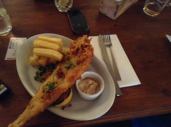 Hamstead Marshall, UK: haddock and chips