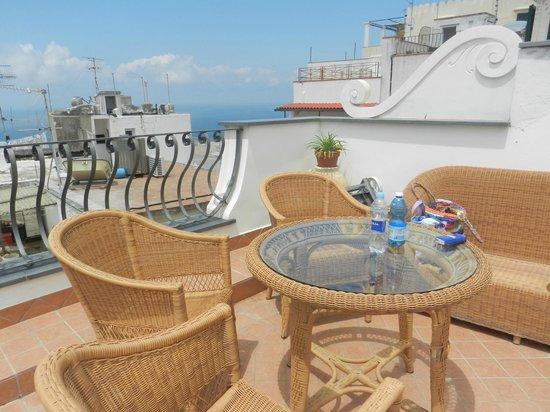 Guest House La Piazzetta: Terrazza