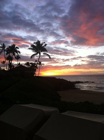 Four Seasons: Sunset on Wailea