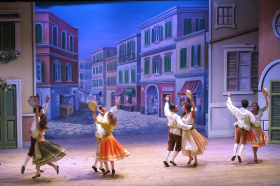 Teatro Tasso - Sorrento Musical : Lively dancing is part of the show.