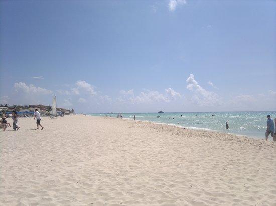 Hotel Riu Palace Riviera Maya: Playa del hotel1