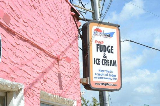 Tasting History: Fudge!