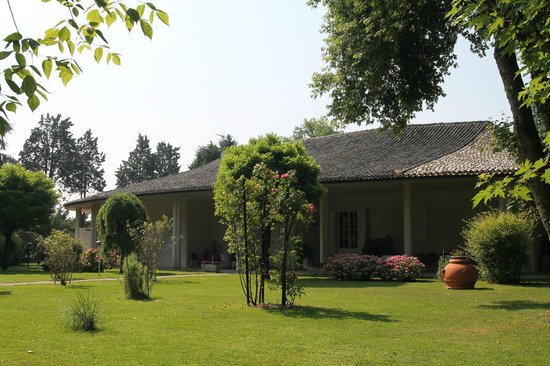 Ristoranti Bagnolo San Vito Mn : Villa eden ingresso bild von villa eden bagnolo san vito