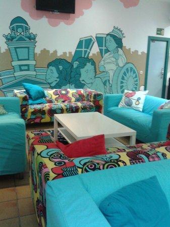 Mad Hostel: sala comune: relax e computer