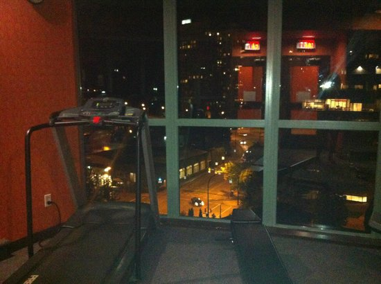 Executive Hotel Vintage Park : Worst treadmill ever, best view from a treadmill ever.