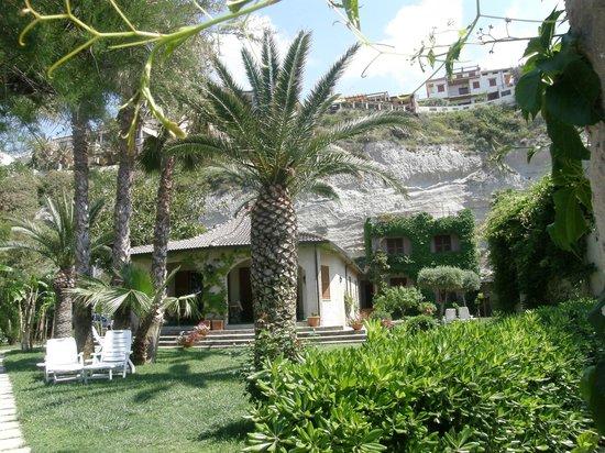 Villa Giada: Gartenbereich