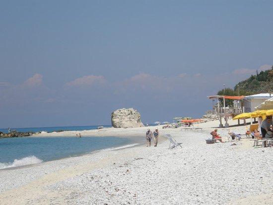 Villa Giada: Strand direkt voe dem Hotel