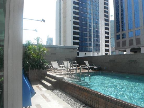 Amora Neoluxe : Pool on roof.
