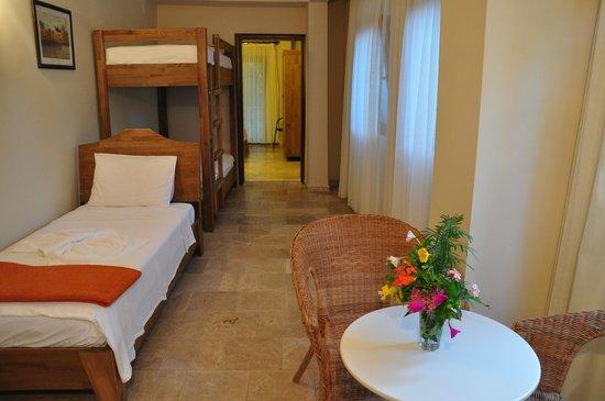 Hotel Villa Monte: Children's bedroom for the family room for 5, HVM Cirali