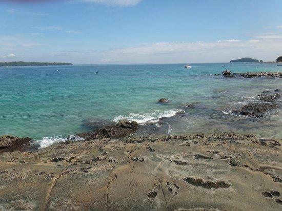 Mar & Oro: Beautiful Cacique Beach 20 Steps from Villa Romantica