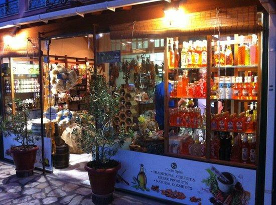 Acharavi, Greece: Corfu Spirit Window Shopping