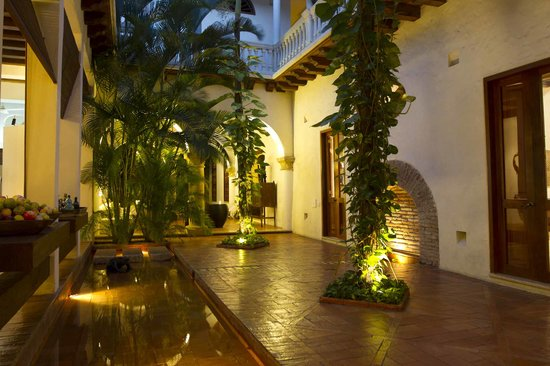 Hotel Quadrifolio: Nuestro Encantador Patio