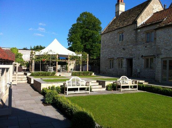 The courtyard at Brittons Farm!