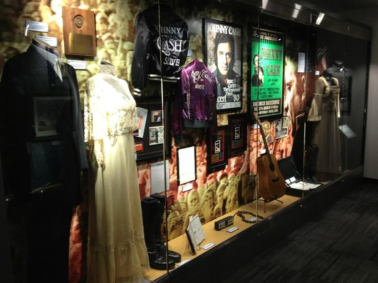 ‪Johnny Cash Museum Store‬
