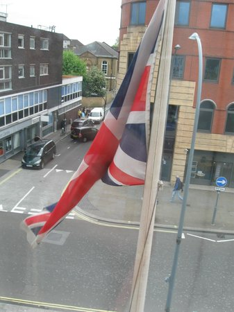 Holiday Inn Express London - Hammersmith: very british.... :)