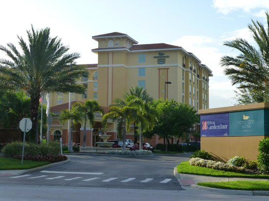 Homewood Suites by Hilton Lake Buena Vista-Orlando : exterior