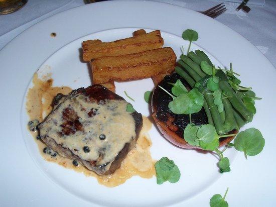 Hoar Cross Hall Spa Hotel: Dexter Steak in pepper sauce - beautiful meal