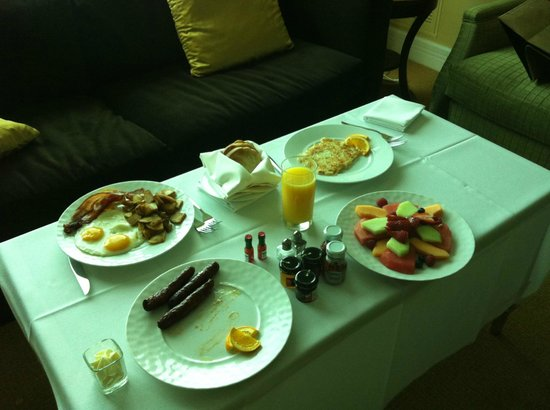 Trump International Hotel Las Vegas: room service int he morning :) delicious!