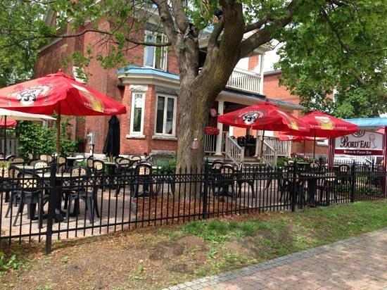 Bord'Eau Bistro & Piano Bar : 31 rue Principale (Aylmer) Gatineau 819-684-7771
