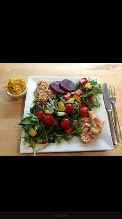 Colemans Deli: Create your own salad