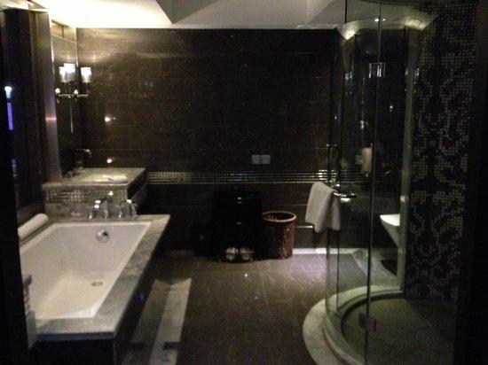 Bodi Boutique Hotel : Badezimmer