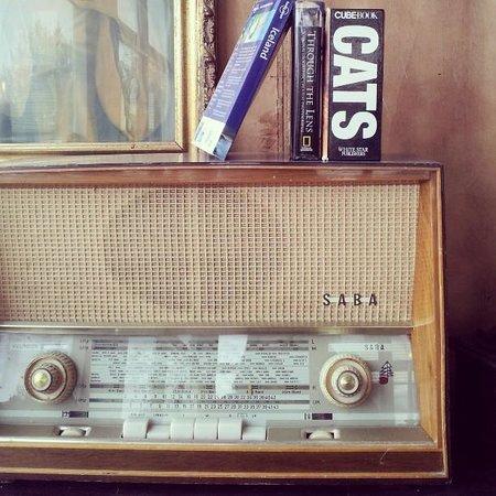Bus Hostel: Vintage details in the lounge...