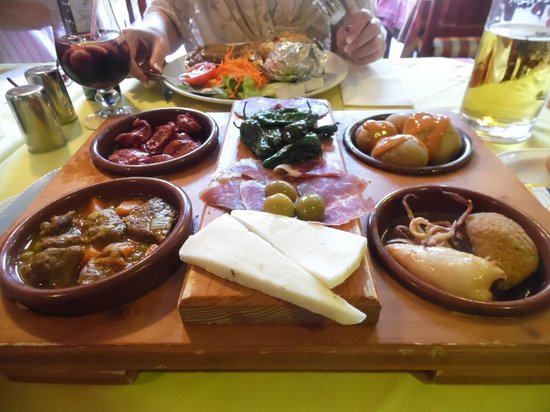 san miguel: Highly Recommend the Selection of Tapas - 12Euros