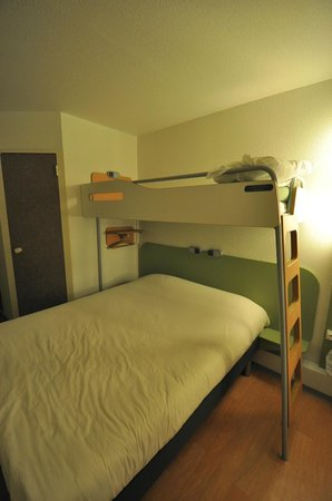 Ibis Budget Carcassonne La Cite: Good bed ;-)