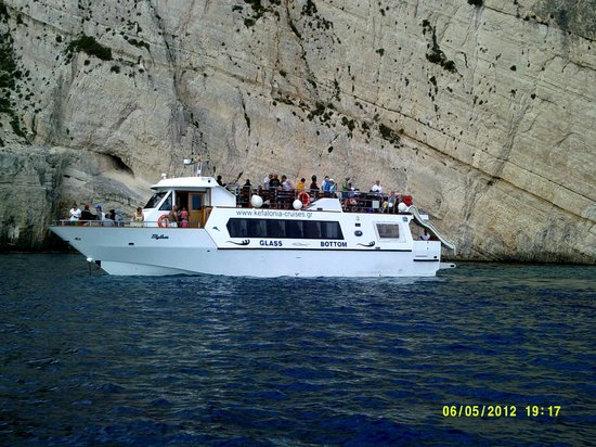 Planos Bay Hotel: Independant Blue Cave Trip - Nice Boat