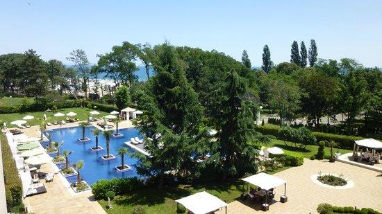 Grand Hotel & SPA Primoretz: View from balcony
