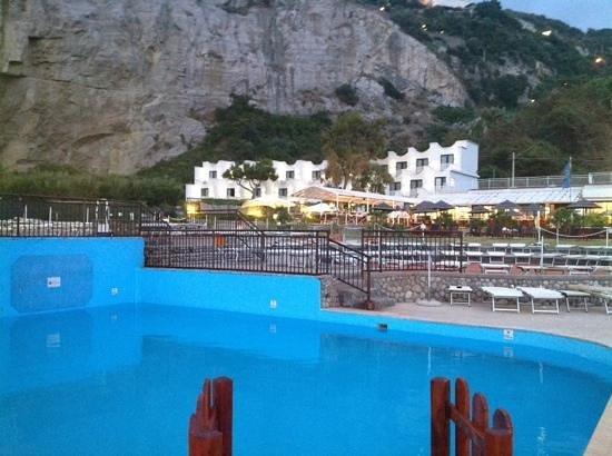 August 2011 picture of sea club conca azzurra resort for Conca azzurra massa lubrense piscine