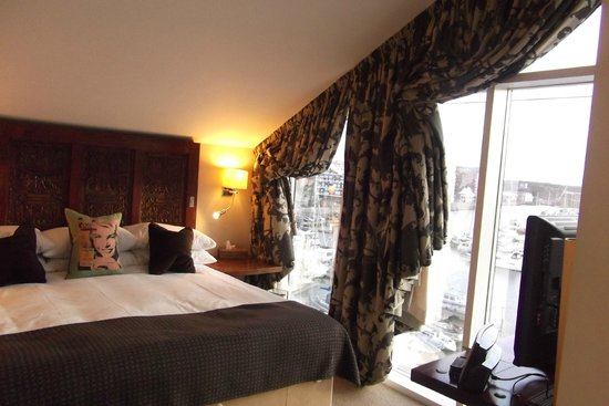 Salthouse Harbour Hotel: penthouse bedroom