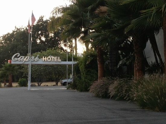 The Capri: hotel sign