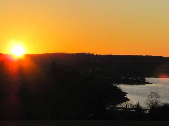 The Wilderness Club at Big Cedar: Winter Sunset