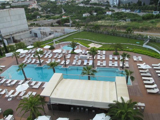 Radisson Blu Resort Split: Hotel Outdoor Pool