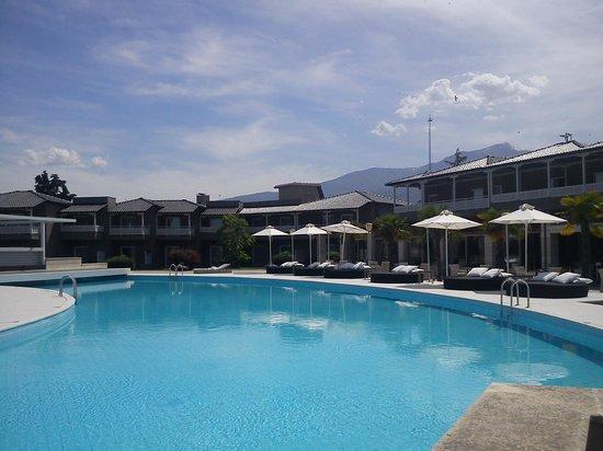 Hotel Dion Palace Resort: бассейн