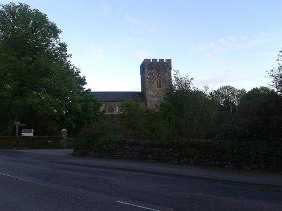 Kilmartin Hotel : the church