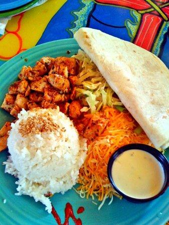 Mama Kwan's Grill & Tiki Bar: Mama's World Famous Fish Tacos