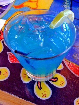 Mama Kwan's Grill & Tiki Bar: Mixed Drink Special