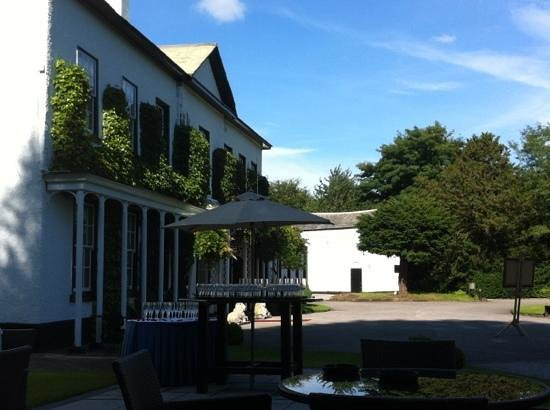 Statham Lodge Country House Hotel: morning of our wedding. August 2012