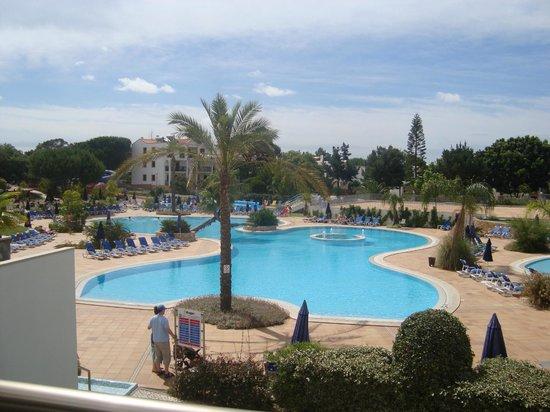 Alfagar Aldeamento Turistico: one of the pools