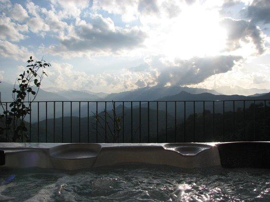 Casa di Lucia : vue du jacuzzi