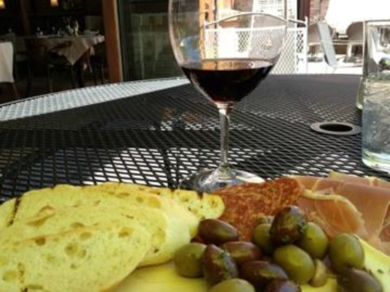 Cooper's Eatery & Drinkery: Farmer's Board and a great Malbec