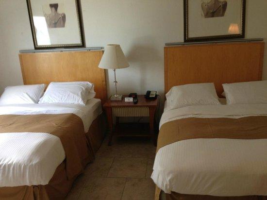 Seabonay Beach Resort: Two Queen Beds Suite