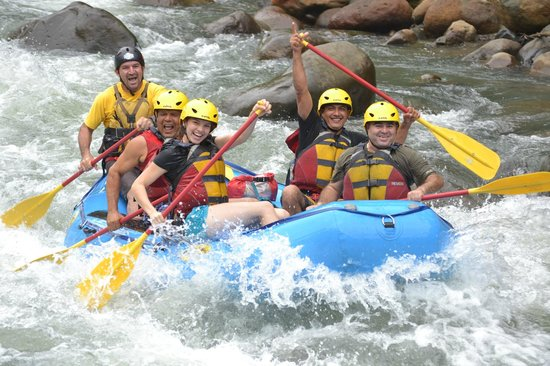 Blue River Hot Springs Eco-Adventure Tours : Whate Water Rafting