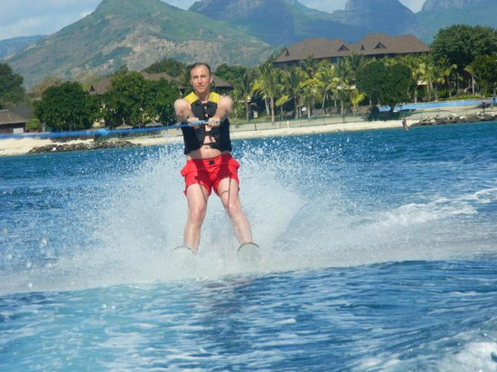 The Oberoi, Mauritius: Free watersports anytime.